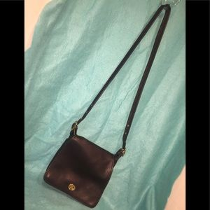 Coach Vintage Black Leather Flap w Turn Lock Cross